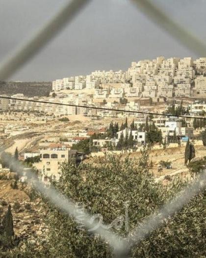 """هلسة لـ """"أمد"""": إسرائيل تنفق ملايين الدولارات لتعزيز مشروعها الاستيطاني في القدس"""