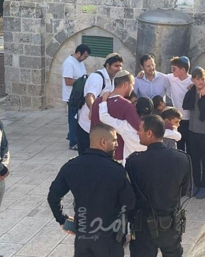 """مستوطنون يقتحمون ساحات """"المسجد الأقصى"""" في القدس"""